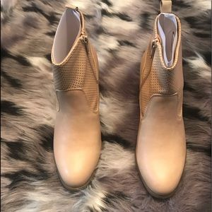 Women grace booties tan in color
